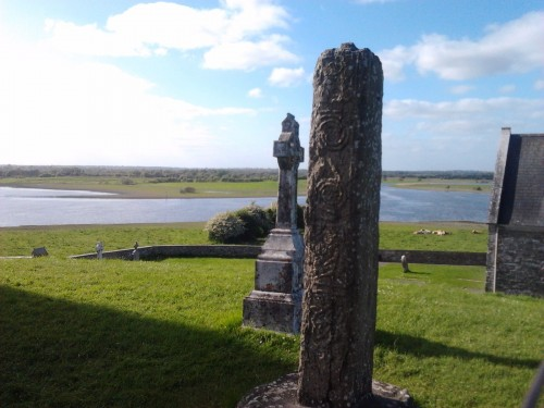 Earthwise tour Clonmacnoise