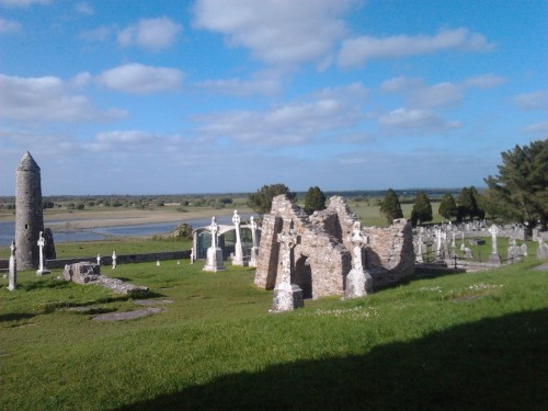 Earthwise visit to Clonmacnoise on River Shannon
