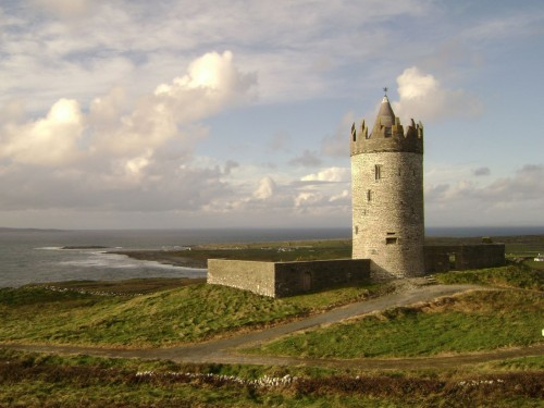 Earthwise shot of Doonagore Castle